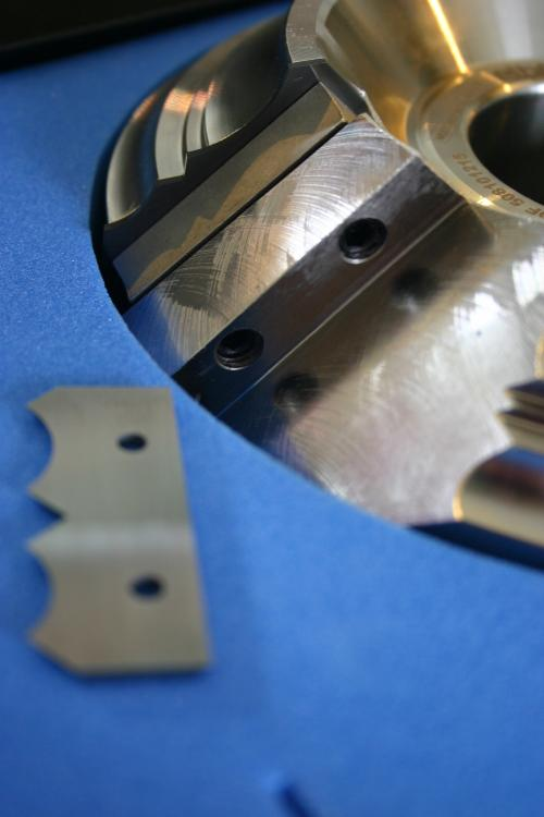 plaquettes carbure pour quart rond bois